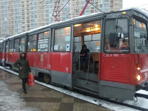 В Краснодаре из-за обрыва контактной сети встали трамваи