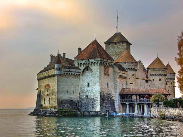 Фото №9 - В гостях у сказки: самые впечатляющие замки Европы