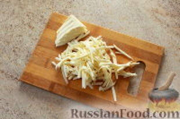 """Фото приготовления рецепта: Салат """"Ласточкино гнездо"""" - шаг №8"""