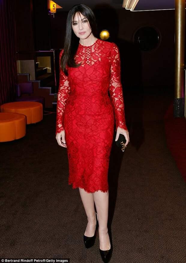monica bellucci red dress