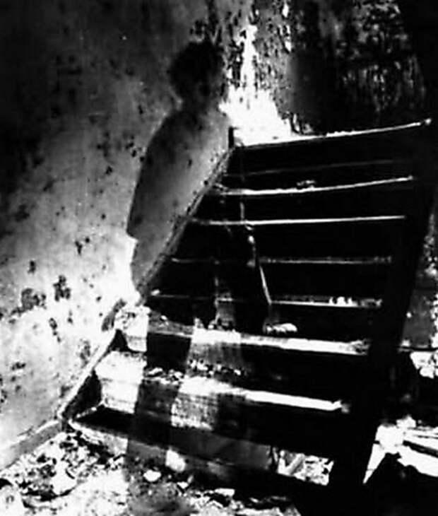 ghosts07 Реальность или дефект пленки? Самые известные фотографии призраков