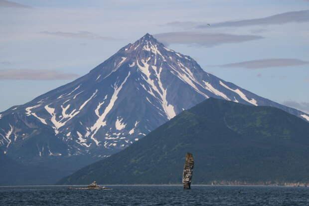 Вулкан Вилючинский - один из немногих потухших вулканов полуострова.