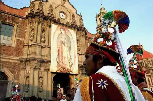 Праздник Девы Марии Гваделупской в Мексике.