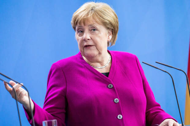 Ющенко рассказал, как Меркель «шокировала» его на саммите НАТО