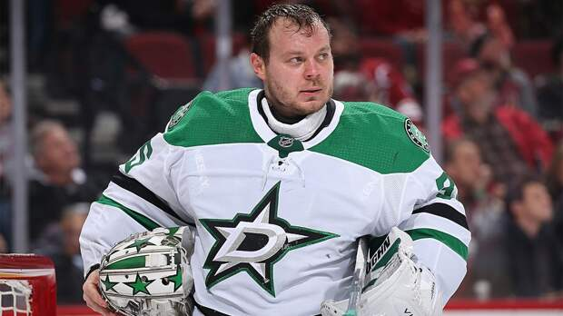 Операция, ковид, проблемы с визой. Против Худобина было все, но сейчас он — один из лучших вратарей НХЛ