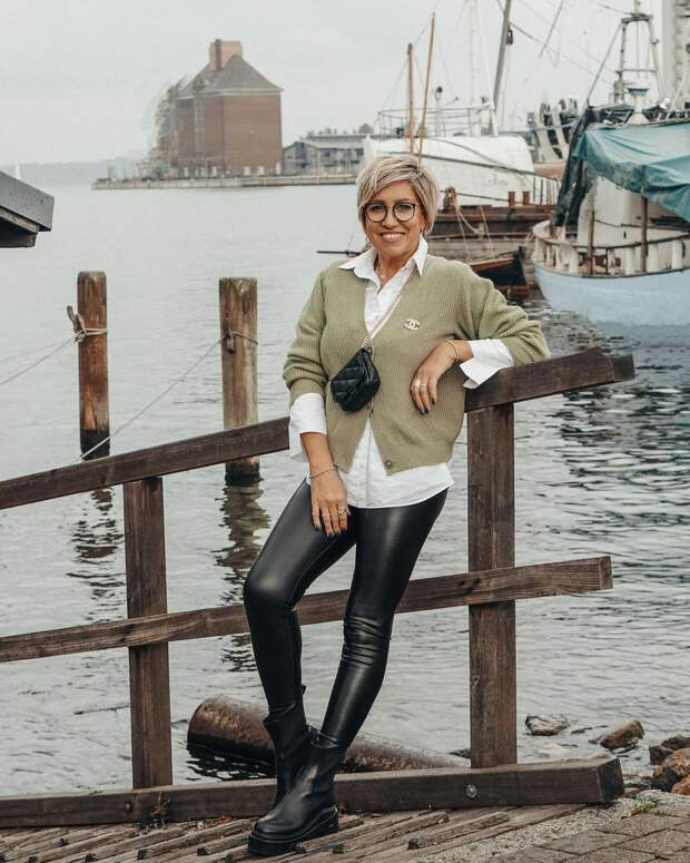 15 великолепных примеров с чем носить ботинки женщинам в 40 лет