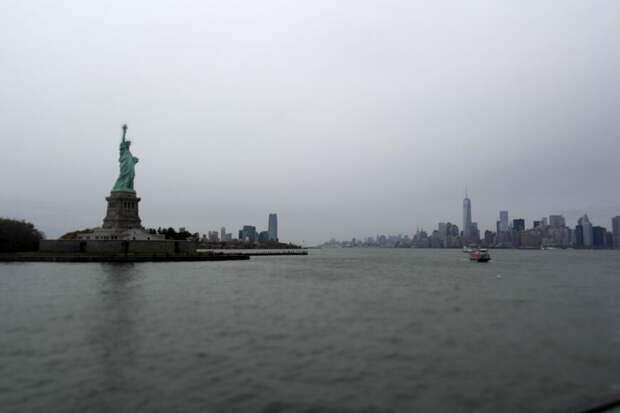 Американист заявил об угрозе раскола США из-за коронавируса