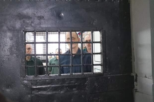 Пока ни одноу из заключённых не удалось выйти по УДО из