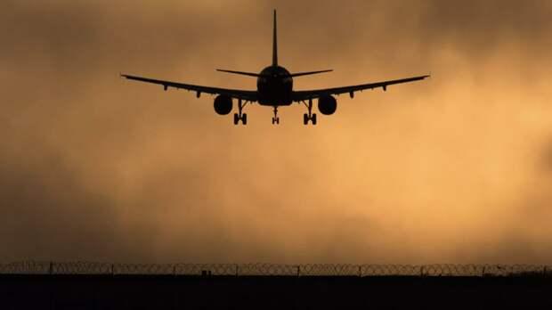 В Южно-Сахалинске совершил аварийную посадку A320