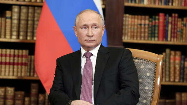 Путину ежедневно докладывают о ситуации с коронавирусом в России