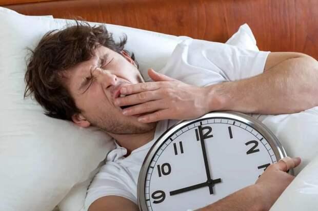 Муж сдвинул рабочий график так, как ему удобно – у жены разрешения не спросил: «Я – сова, мне комфортнееее работать вечером!»
