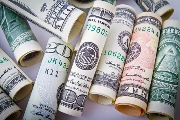 Эксперт рассказал, почему сейчас надо покупать доллары