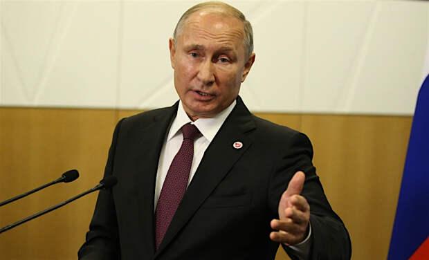 Россия зарегистрировала вакцину от коронавируса: одной из первых прививку сделала дочь Владимира Путина