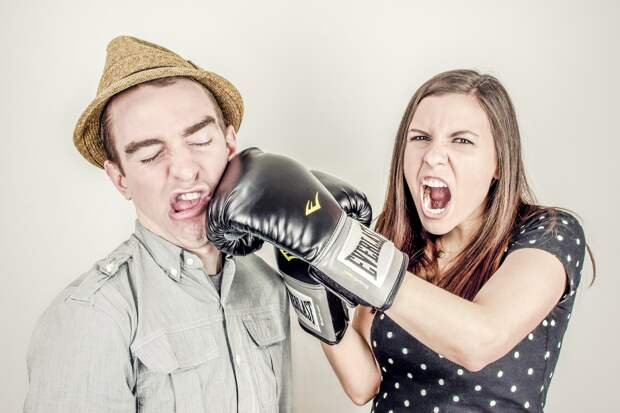 «Мужчины, берегитесь!»: 6 типов девушек, скоторыми лучше несвязываться