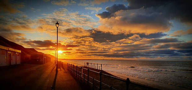 Saltburn-by-the Sea lockdown sunset by Paul Garbutt on 500px.com