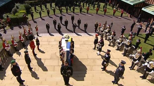 Стало известно, о чем говорили Уильям и Гарри на похоронах принца Филиппа