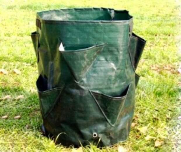 Готовые мешки снабжаются специальными кармашками для удобства посадки
