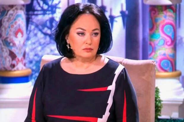 """Гузеева показала свою """"депрессивную"""" елочку::""""Такое я видела в гостях и жалела хозяев"""""""