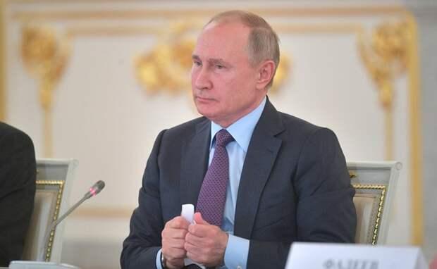 Путин прокомментировал идею сделать 31 декабря выходным днем