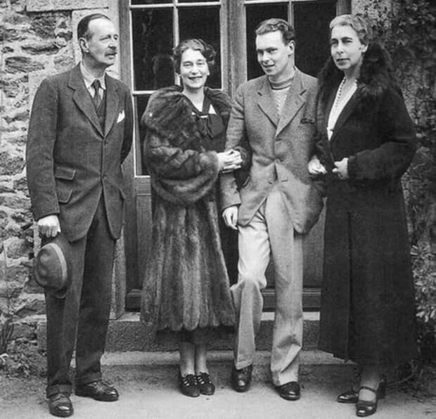 Наcледники престола: Романовы видели в Гитлере прекрасный шанс для возвращения в Россию