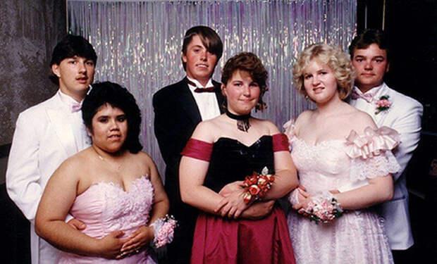 Как одевались на выпускные американские старшеклассницы 80-х и 90-х годов