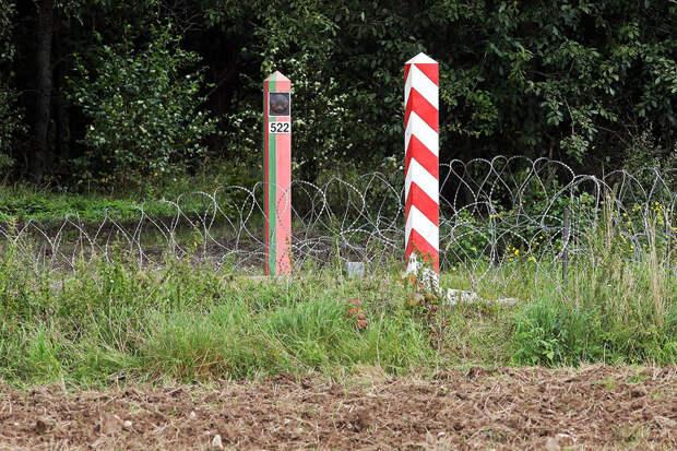 Погранслужба Польши обнаружила тела трех человек у границы с Белоруссией