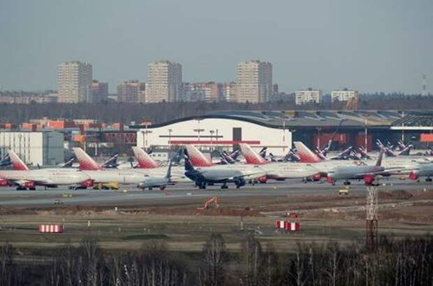 FILE PHOTO: Planes of Aeroflot and Rossiya Airlines are seen parked at Sheremetyevo International Airport, as the spread of the coronavirus disease (COVID-19) continues, outside Moscow, Russia April 8, 2020 REUTERS/Tatyana Makeyeva/File Photo