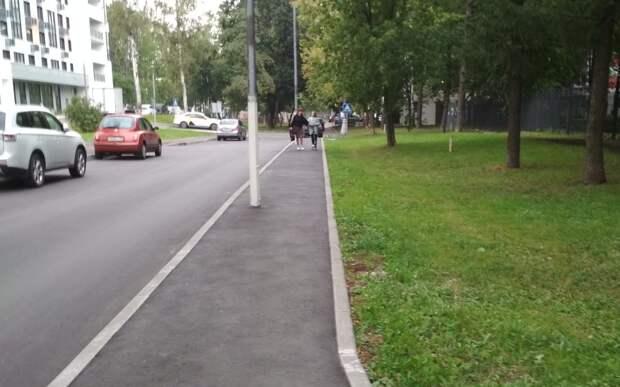 Пешеходная дорожка на Туристской стала комфортнее