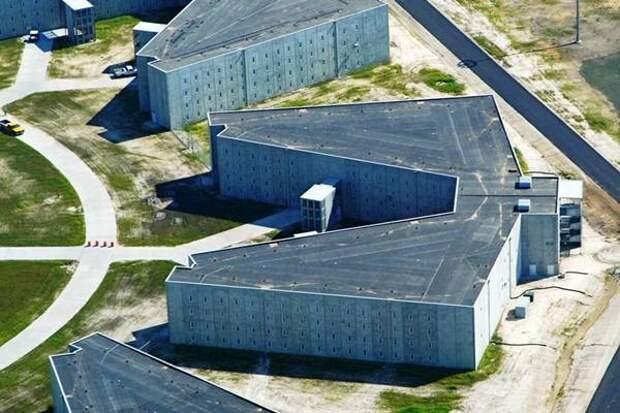 История беспредела: Крымчанин Роман Вега более пятнадцати лет находится в тюрьмах Америки