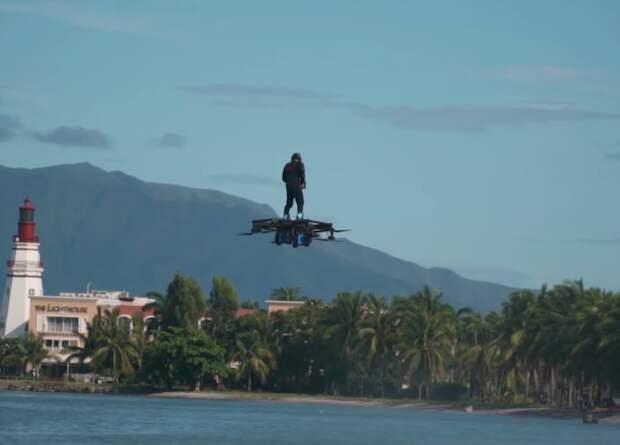 Филиппинец пролетел почти три километра на самодельном ховерборде