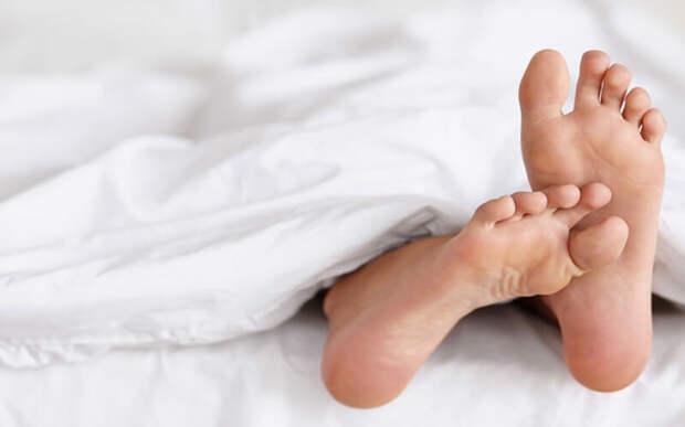Синдром беспокойных ног: симптомы и лечение