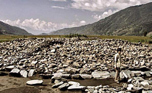 На раскопках Берельского некрополя