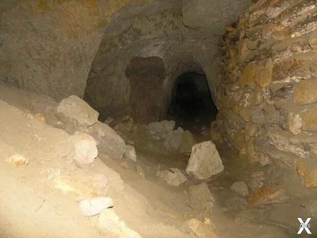 Узел из трёх тоннелей