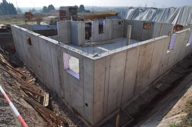 Картинки по запросу Строительство несущих стен дома. Монолитная технология