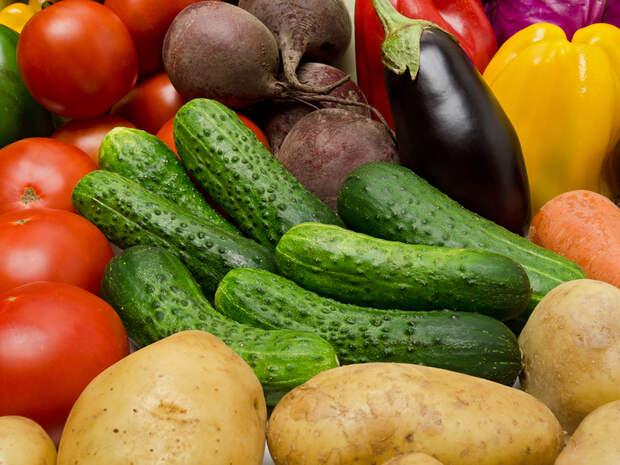 Что выгоднее: сажать овощи или покупать?