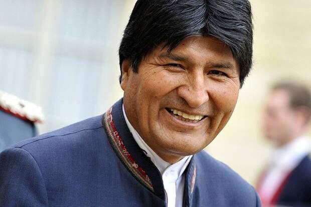 Еду я на родину: экс-президент Боливии Эво Моралес вернулся домой