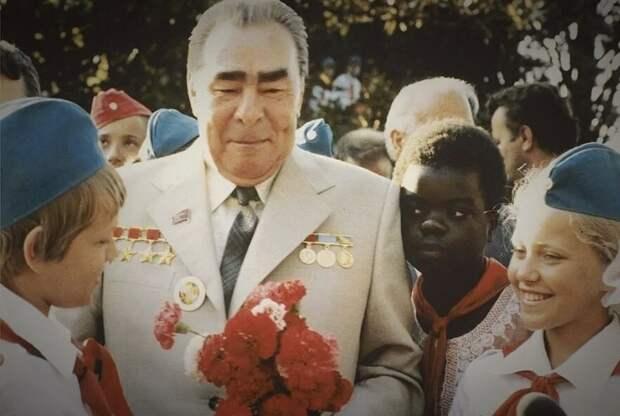 Политика, СССР, Россия, население