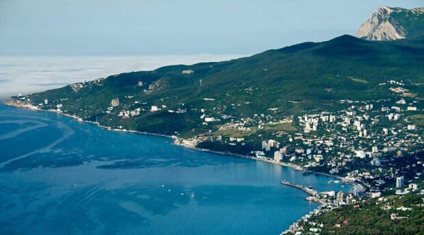 Власти Крыма: Пляжи Ялты приведут в порядок в течение нескольких дней
