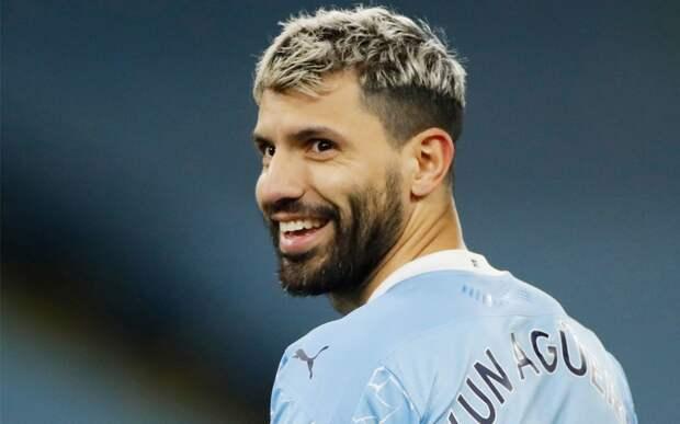 «Барселона» анонсировала переход Агуэро