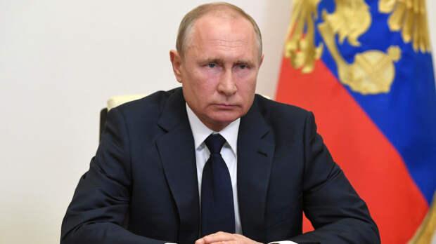 Путин призвал к строгому порядку при выдаче лицензий на оружие