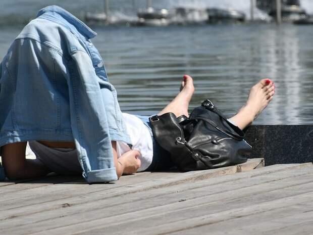 В МЧС дали рекомендации, как вести себя в жару