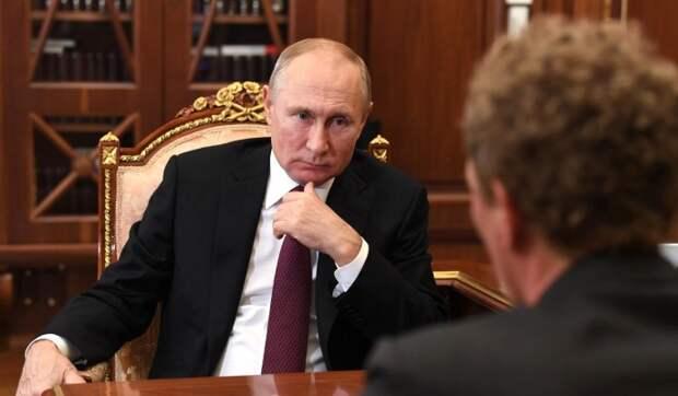 """""""Слава богу, мне не надо это переводить"""": почему переводчикам сложно с Путиным"""