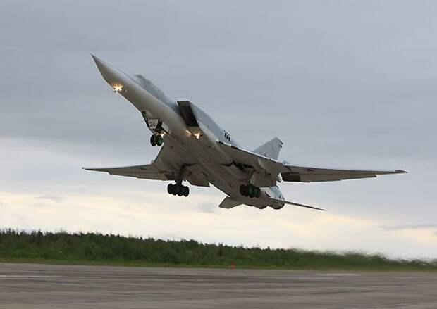 Россия намерена в 2016 году вернуть в Крым полк ракетоносной авиации