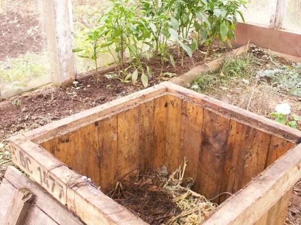 Компостная яма на участке — нужная и полезная вещь, которая не испортит ландшафтный дизайн