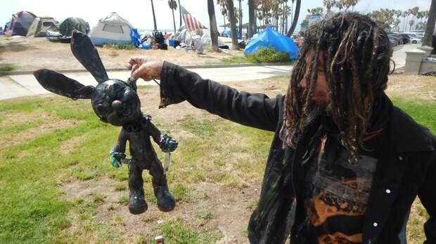 Власти Калифорнии нарвались на критику из-за напряженной ситуации с бездомными