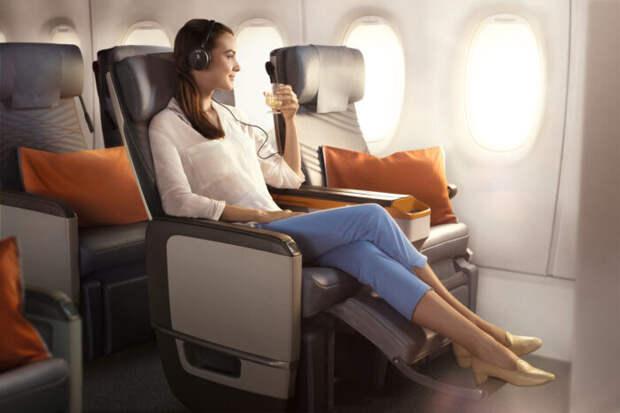 Ученые назвали самые ковидобезопасные места в самолете