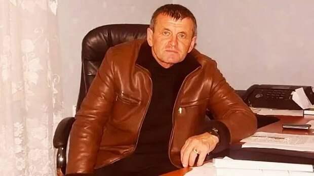 """5 лет """"строгача"""" получил глава волгоградского поселка за """"откат"""" при ремонте дороги"""