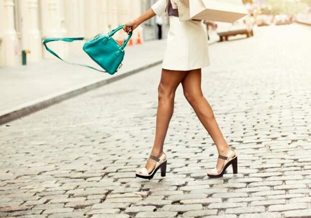 Натирают новые туфельки? Гуру фэшн-индустрии знают, что делать!