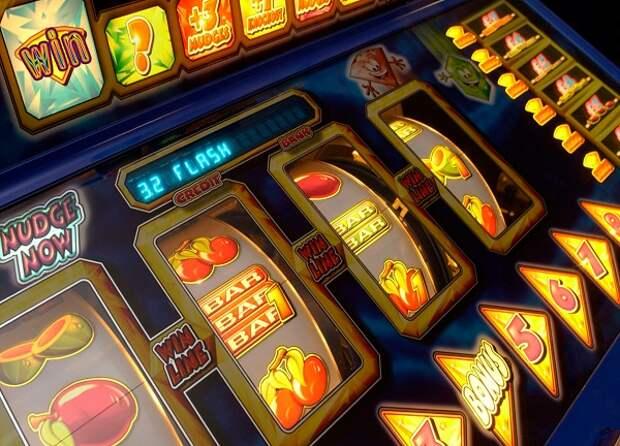 Скачиваем Джой казино и играем в автомат Costa Del Cash