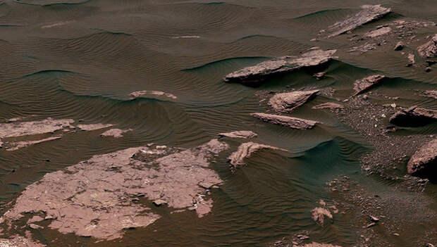 Ученые раскрыли тайну огромных каньонов на Марсе